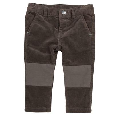 Pantalone con toppe