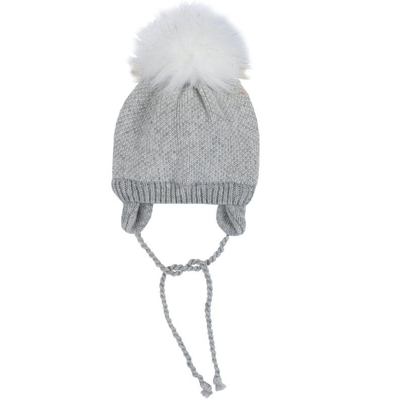 Cappello tricot con pon-pon